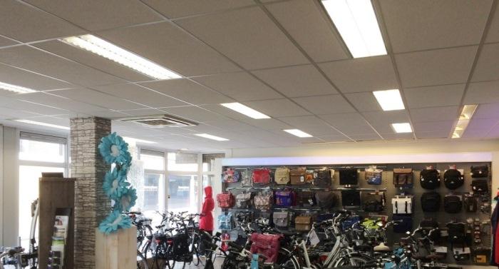 Fietswinkel Wijbinga voorzien van LED TL